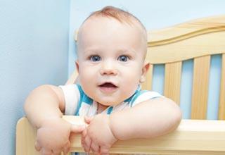 Развитие девочек и мальчиков в девять месяцев