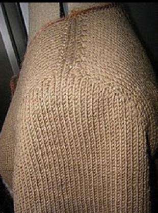 Бесшовное вязание спицами