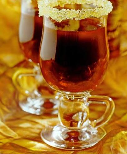 Горячий черносмородиновый коктейль