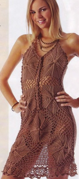 Коричневое платье крючком