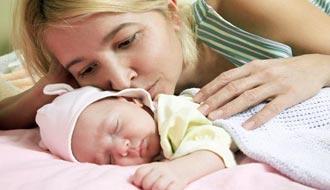 Режим кормления новорожденного ребенка в 1 месяц