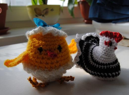 Пасхальный цыпленок и курочка
