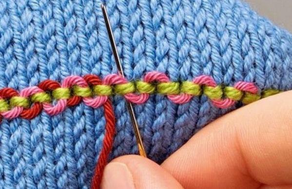 Вышивка по вязаному полотну