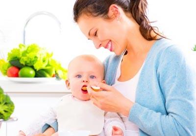 Малыш на грудном вскармливании - режим в 5 месяцев
