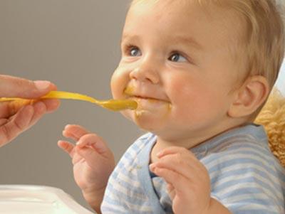 Прикорм малыша в пять месяцев
