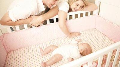 Ребенок спит отдельно для уверенности в себе