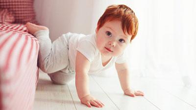 Режим дня ребенка в 10 месяцев: таблица с распорядком дня, питания и сна