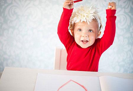 Моторное развитие ребенка в 1 год 7 месяцев